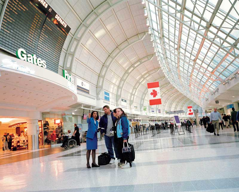 O Aeroporto De Toronto Cursos De Ingl 234 S No Exterior