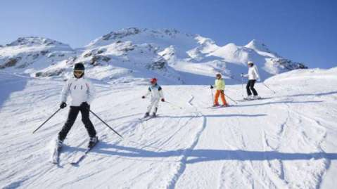 esquiar no canada